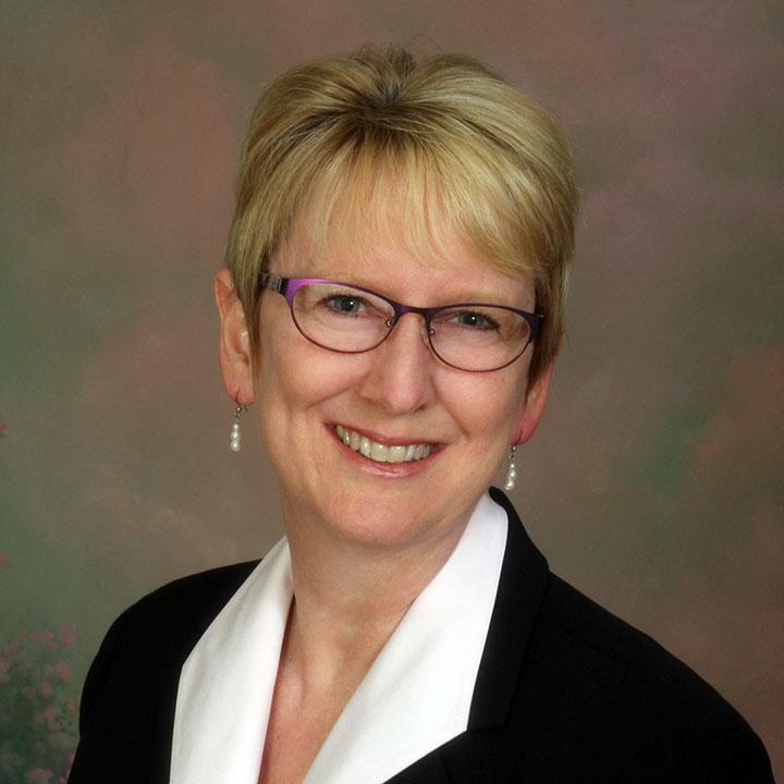 Leslie Sharpe, FNP,DNP